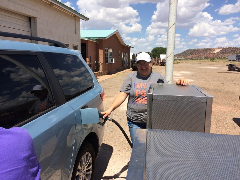full-service-gas-station-in-new-mexico-jpg
